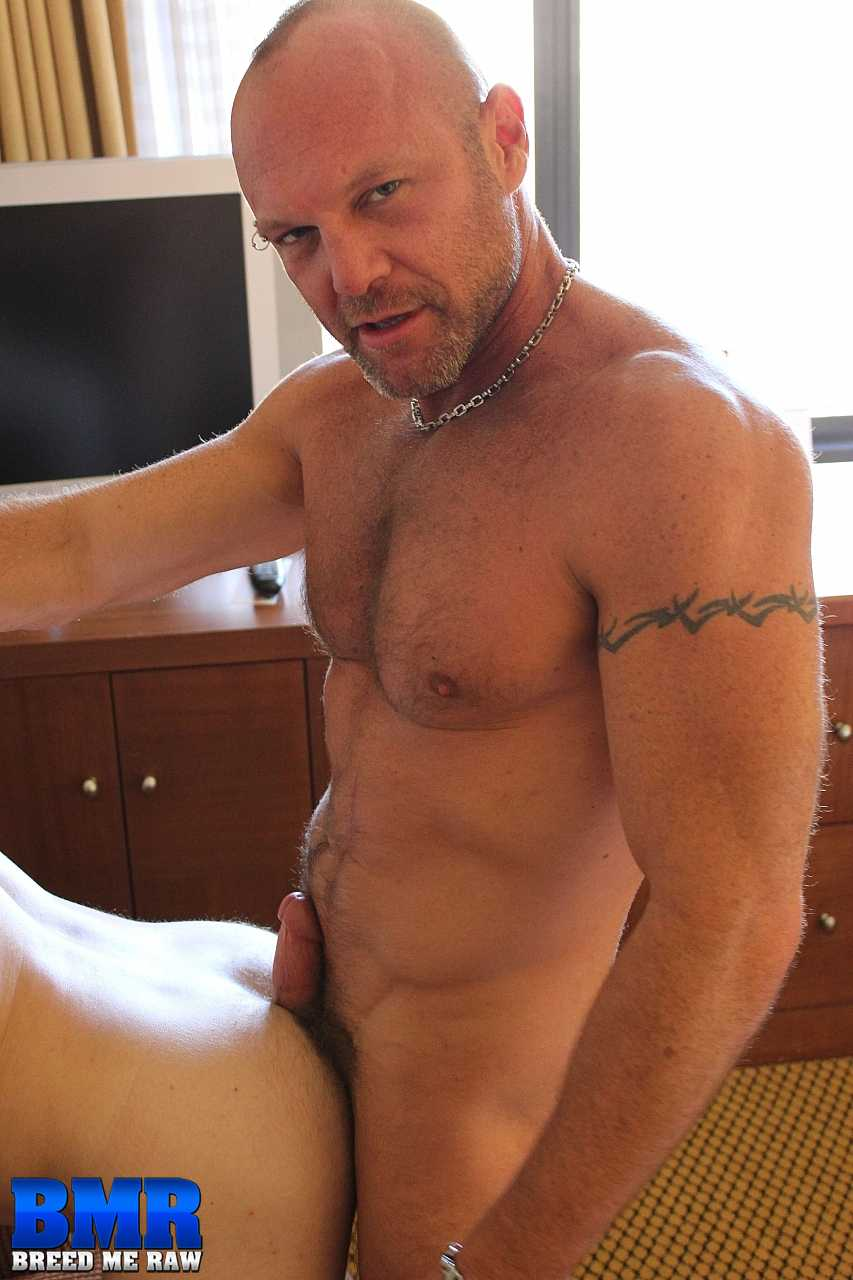 Breed-Me-Raw-Chad-Brock-and-Butch-Bloom-Hairy-Daddy-Bareback-Amateur-Gay-Porn-12 Amateur Hairy Muscle Daddy Barebacking A Younger Hot Bottom