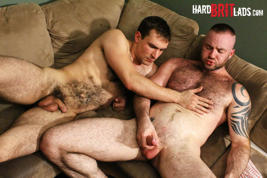 Hard-Brit-Lads-Guy-Rogers-and-Justin-King-Hairy-Muscle-Guys-With-Big-Uncut-Cocks-Amateur-Gay-Porn-20 Amateur Hairy British Muscle Guys With Big Uncut Cocks Fucking