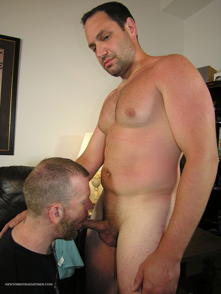 New-York-Straight-Men-Jack-and-Sean-Straight-Guy-Getting-Blowjob-From-Gay-Guy-Amateur-Gay-Porn-06 Bicurious Beefy NYC Guy Gets His First Blowjob From Another Guy