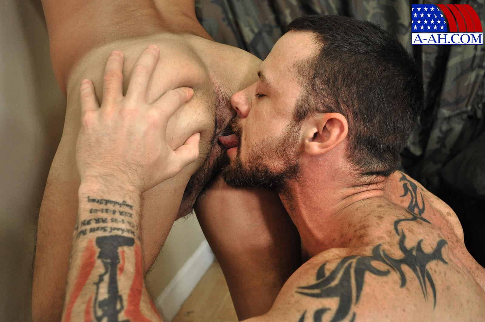 All-American-Heroes-SERGEANT-MILES-AND-AIRMAN-FIRST-CLASS-PAOLO-swapping-blow-jobs-and-cum-Amateur-Gay-Porn-10 Army Sergeant and an Airman Trade Blow Jobs And Eat Cum