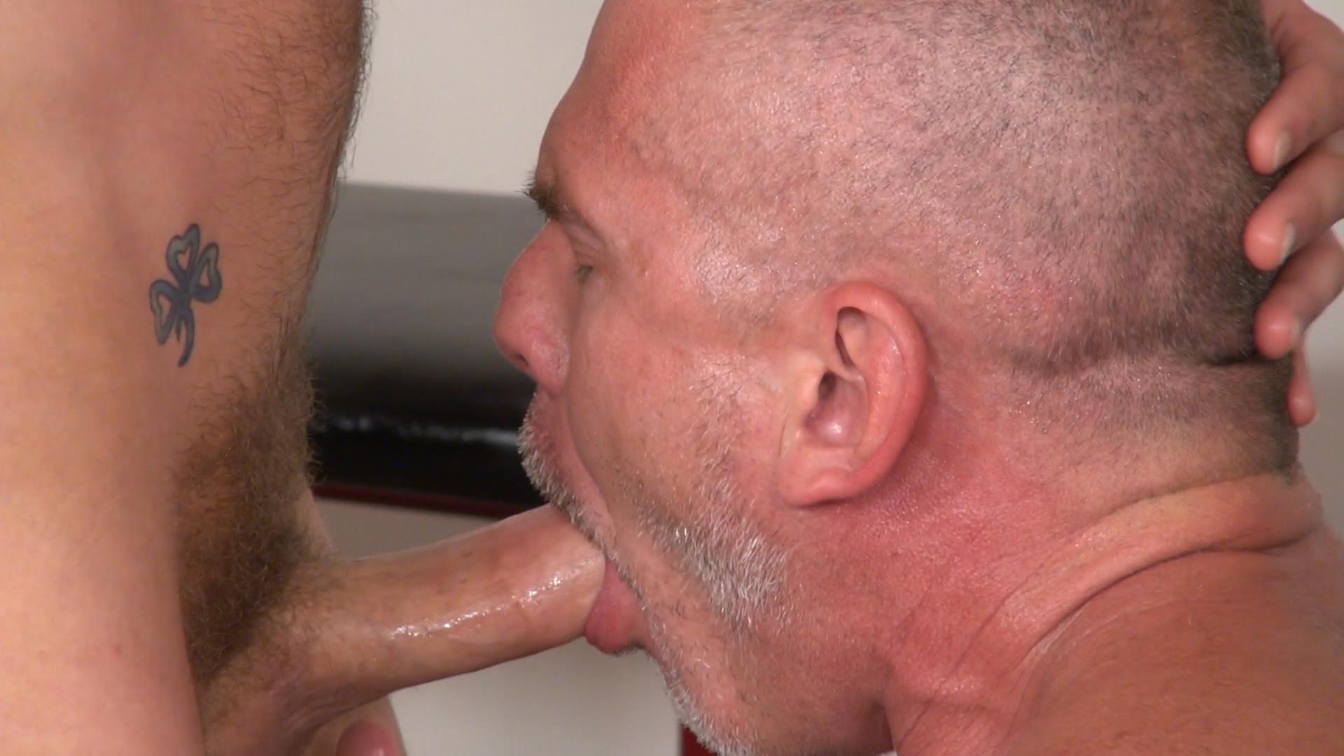 Raw-and-Rough-Sam-Dixon-and-Blue-Bailey-Daddy-And-Boy-Flip-Flip-Bareback-Fucking-Amateur-Gay-Porn-01 Blue Bailey Flip Flop Barebacking With A Hung Daddy
