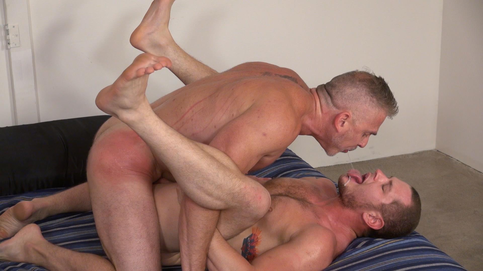 Raw-and-Rough-Sam-Dixon-and-Blue-Bailey-Daddy-And-Boy-Flip-Flip-Bareback-Fucking-Amateur-Gay-Porn-06 Blue Bailey Flip Flop Barebacking With A Hung Daddy
