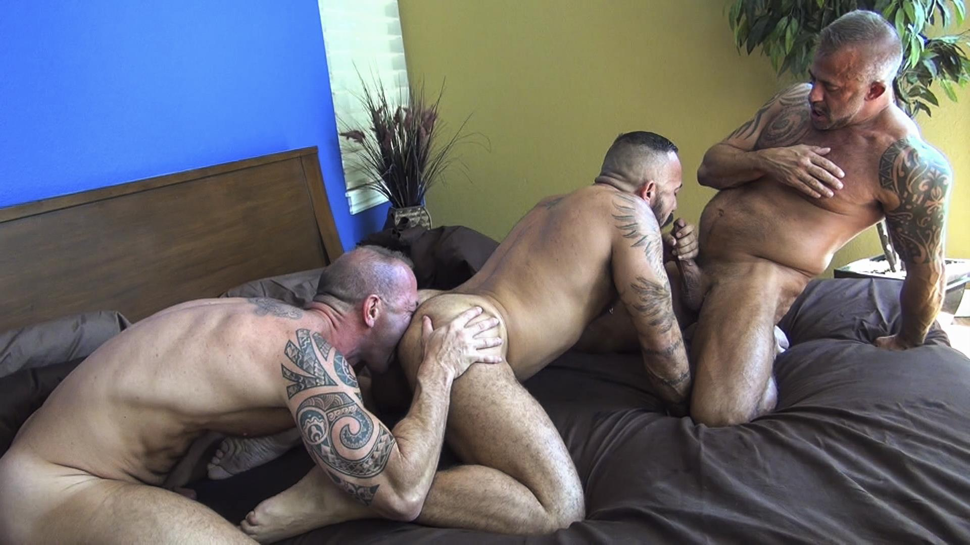 Raw Fuck Club Alessio Romero and Jon Galt and Vic Rocco Hairy Muscle Daddy Bareback Amateur Gay Porn 7 Hairy Muscle Daddy Threeway Double Bareback Penetration