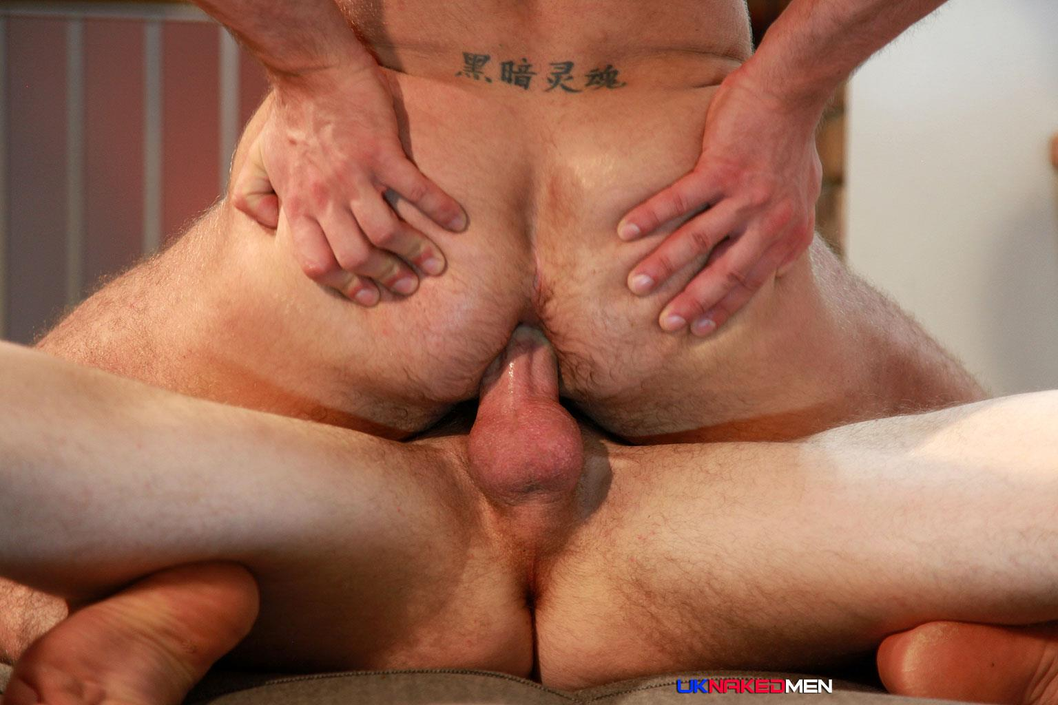 UK-Naked-Men-AJ-Alexander-and-Patryk-Jankowski-Big-Uncut-Cock-Bareback-Sex-Amateur-Gay-Porn-18 Hairy Muscle Hunk Gets Fucked By A Scottish Guy With A Big Uncut Cock