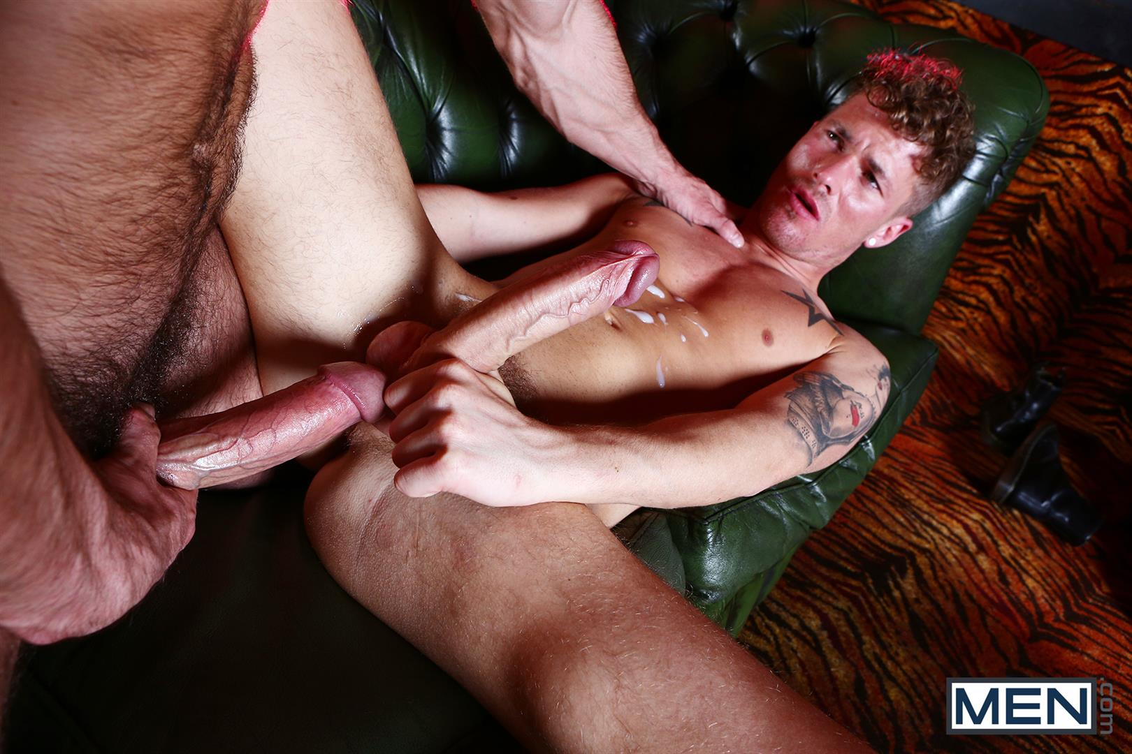 Men Paddy OBrian and McKenise Cross Muscle Hunks With Horse Cocks Fucking Amateur Gay Porn 20 Paddy OBrian Fucking McKensie Cross With His Big Thick Cock
