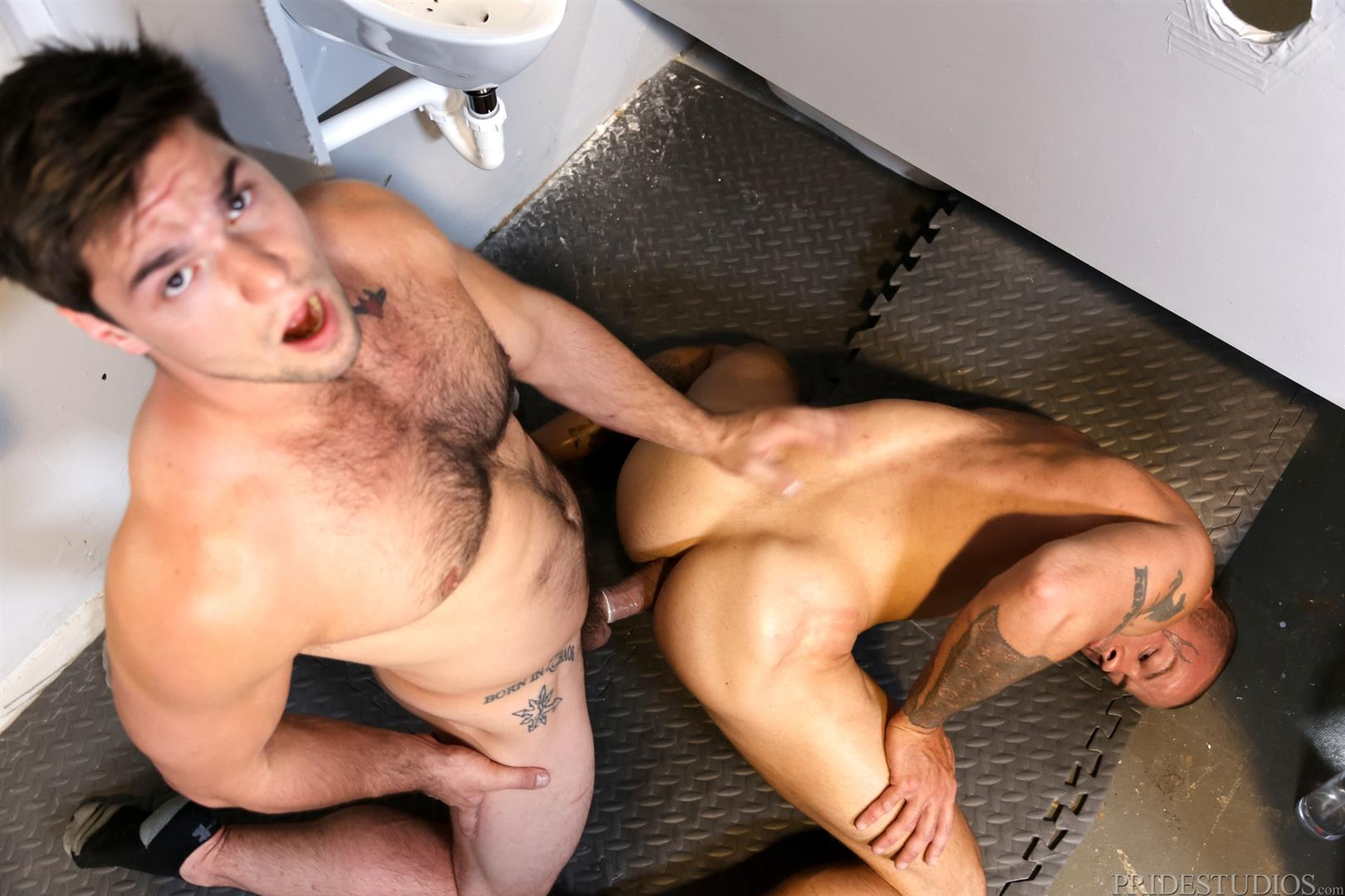 Extra-Big-Dicks-Sean-Duran-Fucking-Through-A-Glory-Hole-Amateur-Gay-Porn-14 Getting Fucked By A Big Fat Cock Through a Glory Hole