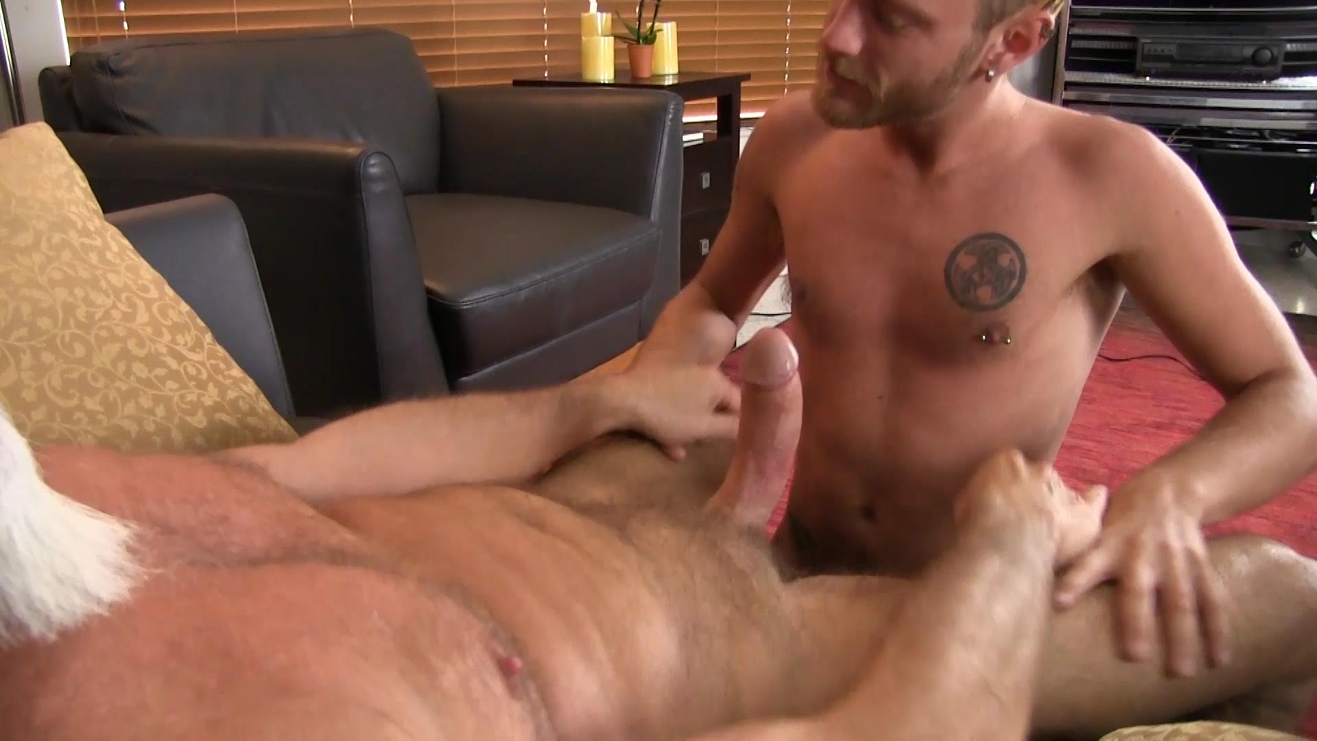 Bareback Me Daddy Silver Daddy Barebacks Younger Guy Amateur Gay Porn 05 Getting Barebacked By A Thick Daddy Dick