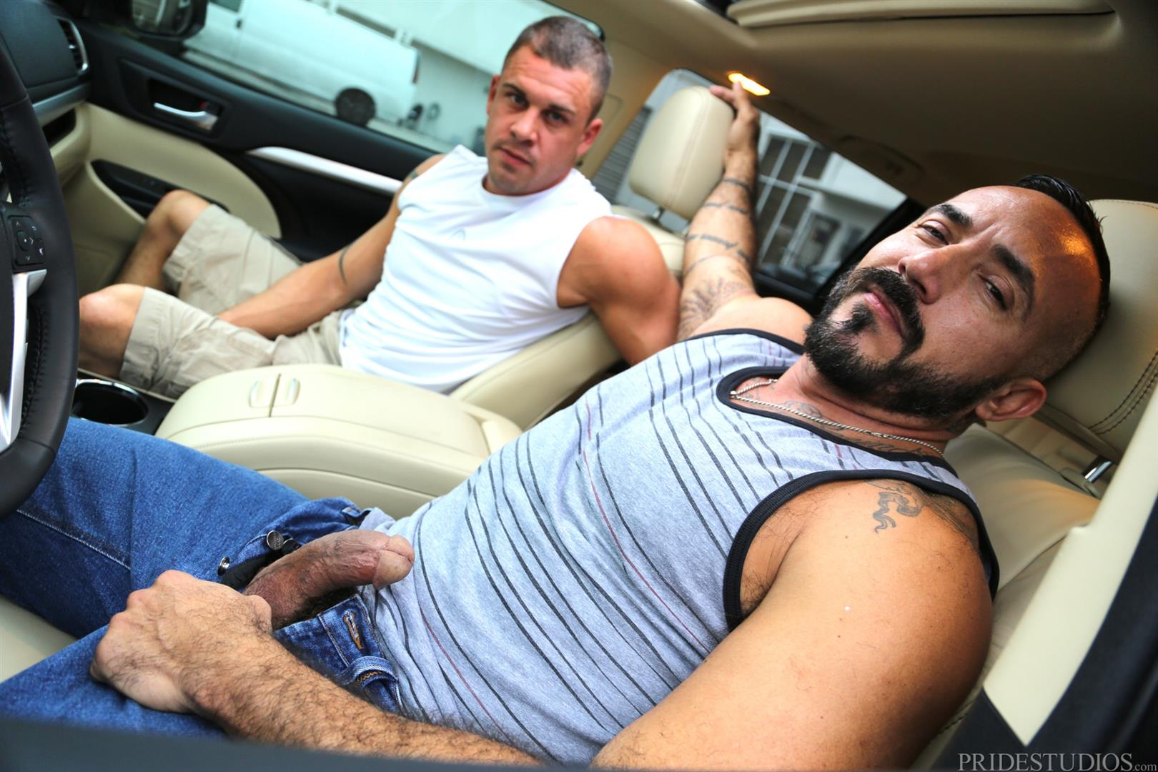 Men Over 30 Darin Silvers and Alessio Romero Hitchhiker Fucking Hairy Ass Amateur Gay Porn 02 Alessio Romero Picks Up A Hitchhiker And Gets Fucked In The Ass