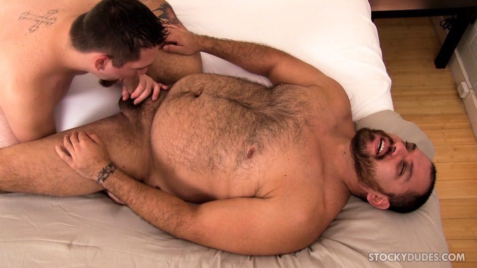 Stocky Dudes Dylan Ventura and Evan Ellis Bear and A Cub Bareback Amateur Gay Porn 05 Chubby Cub And A Hairy Muscle Bear In A Bareback Fuck